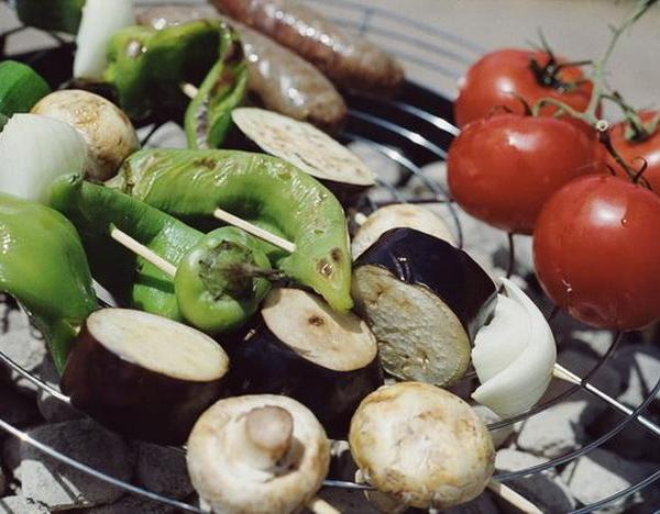 Vegetables That Grow Well in Arizona Gardens