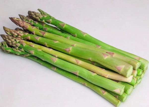 Will Frost Damage Asparagus Plants?