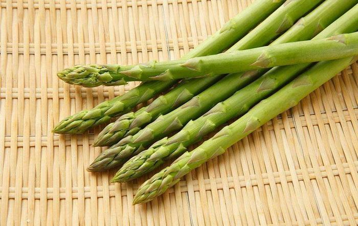 How to Transplant Established Asparagus - Miss Chen - Garden Manage -  GFingerは最もプロフェッショナルなガーデニングAPPです