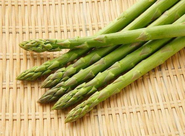How to Transplant Established Asparagus