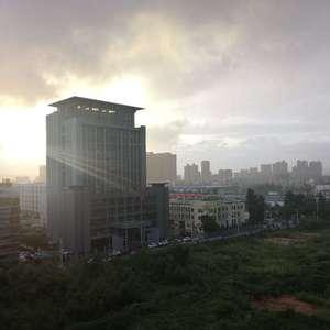 太阳雨之云团雨带